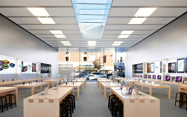 6 apple store lincolnpark