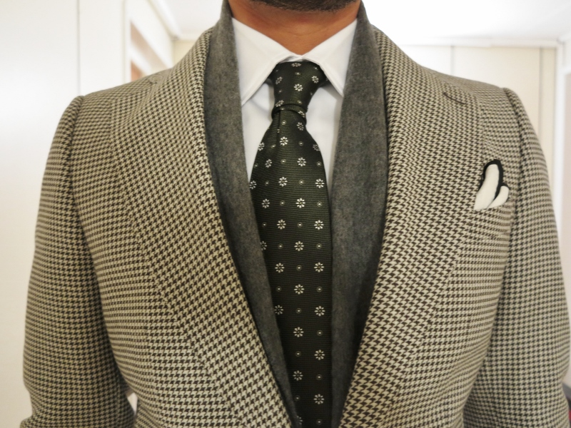 Classic houndstooth suit coat